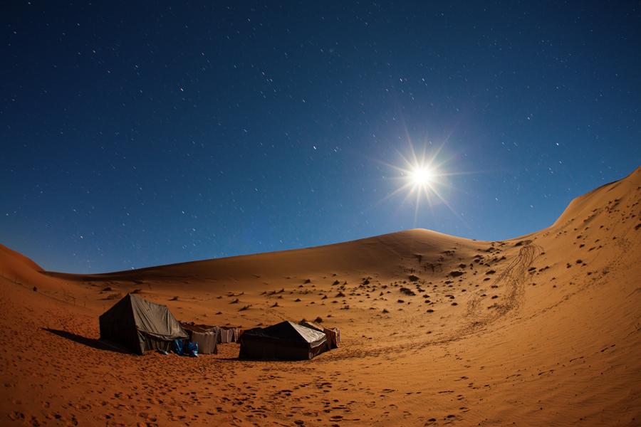 45 - Desertul Sahara noaptea (Maroc)