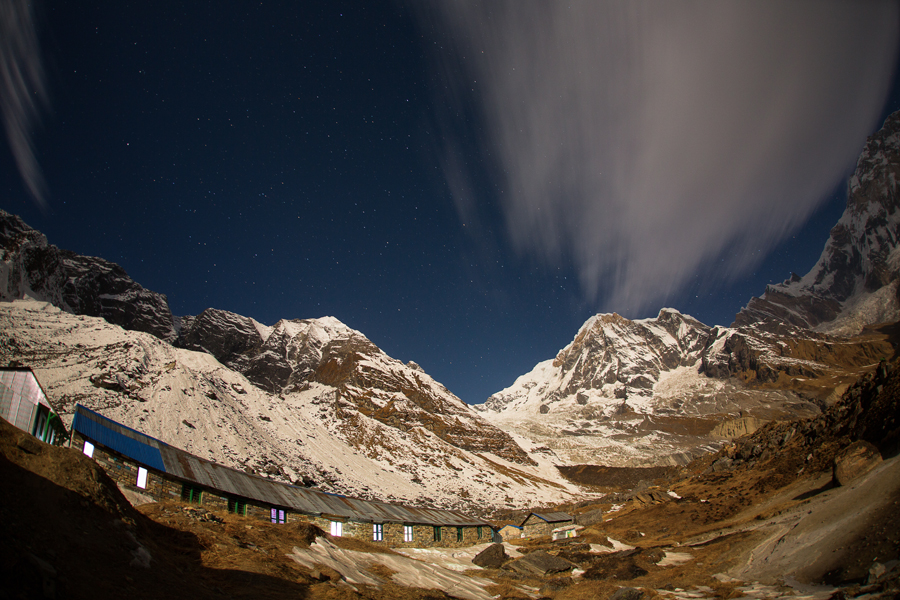 Noaptea la Annapurna Base Camp
